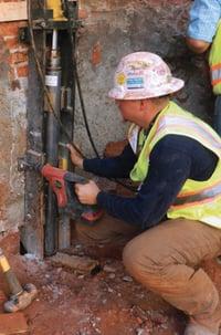 Atlas Hudraulic Underpinning worker